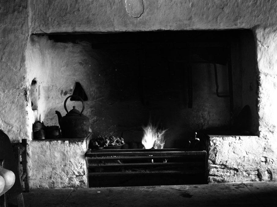 Chimeneas tradicionales para calentar y cocinar