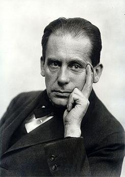 Walter Gropius fundador Bauhaus