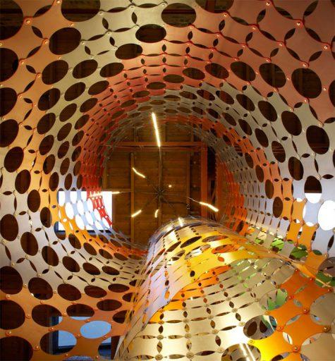 ejemplo interior restaurante diseño maximalista