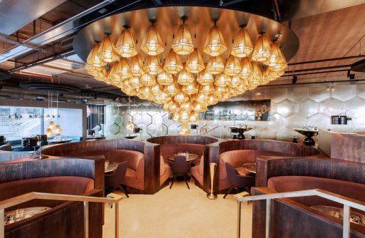 ejemplo restaurante diseño maximalista