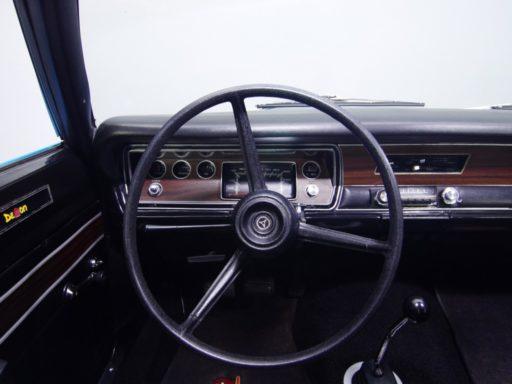 Interiores-de-automóviles-dodge
