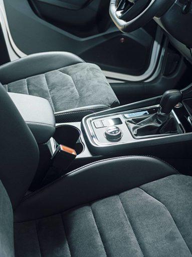 Evolución-diseño-Interiores-de-automóviles-palanca-de cambio
