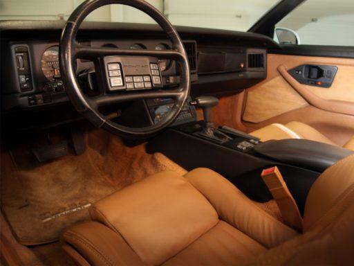 Evolución-diseño-Interiores-de-automóviles-pontiac