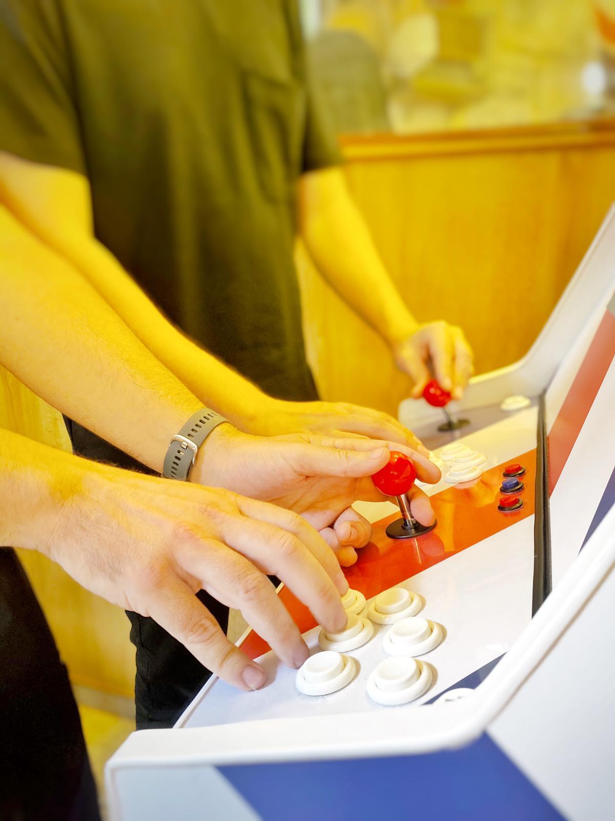 personalización de máquinas arcade para tu negocio