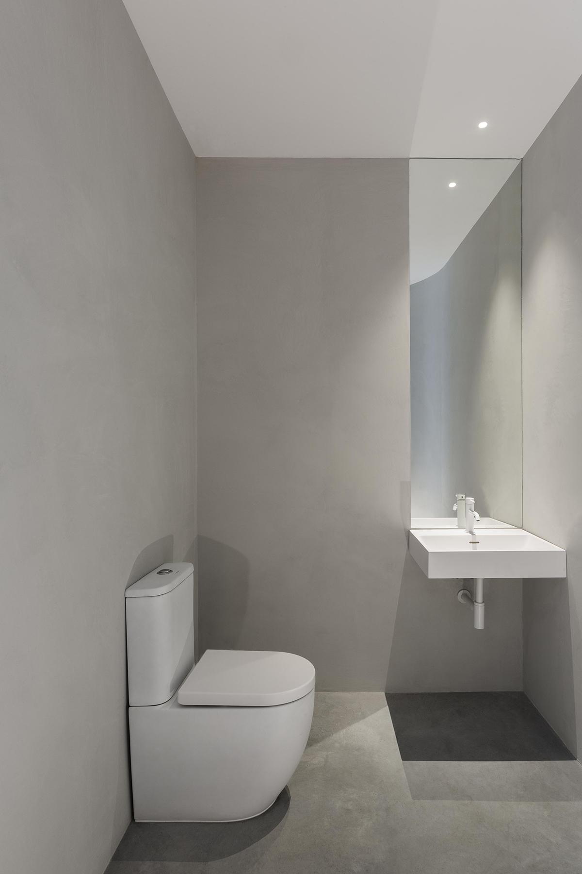 Baños microcemento en oficinas